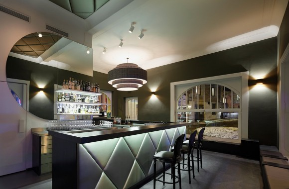 Bar FouFou / Gastronomie & Hotels