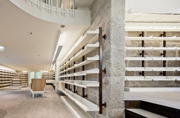 Farmacia Porto / Retail