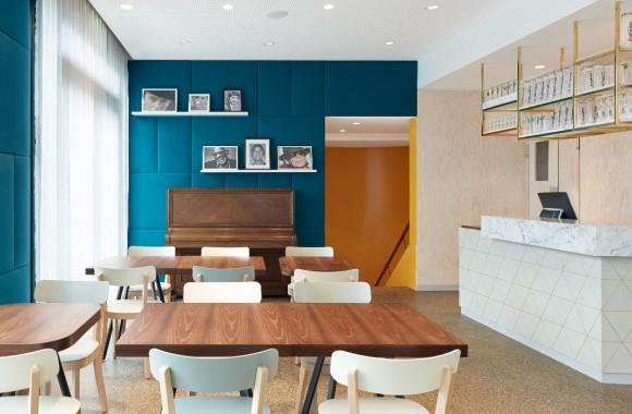Café Pause / Hospitality