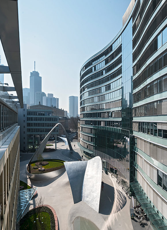 die welle Frankfurt, Frankfurt. A project by Ippolito Fleitz Group – Identity Architects.
