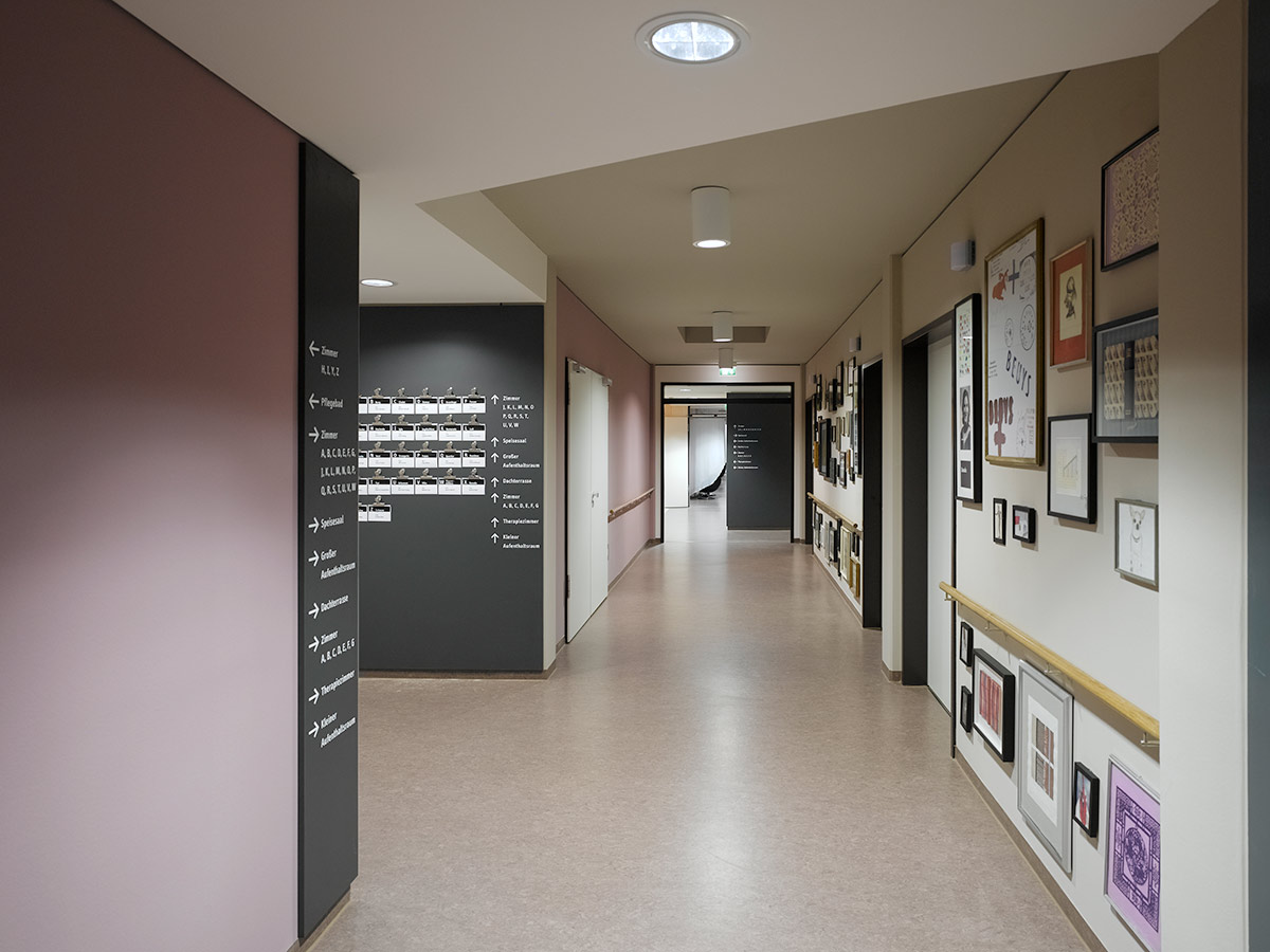 Nursing Home Schorndorf, Schorndorf. A project by Ippolito Fleitz Group – Identity Architects.