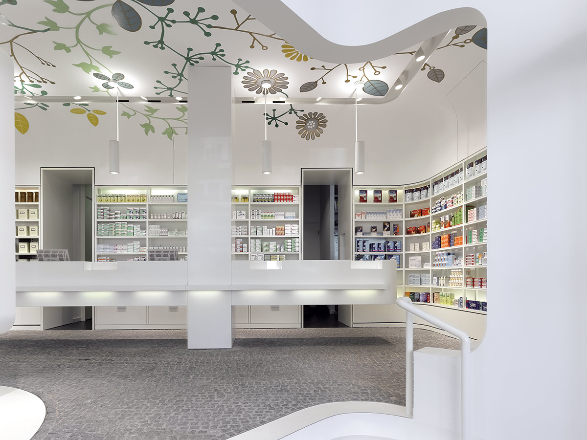 Linden-Apotheke, Ludwigsburg. A project by Ippolito Fleitz Group – Identity Architects, Nature.