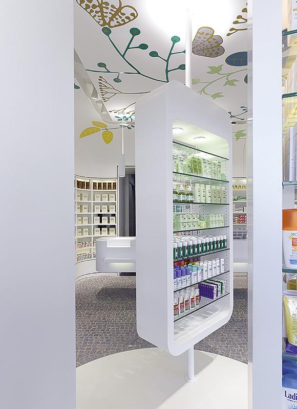 Linden-Apotheke, Ludwigsburg. A project by Ippolito Fleitz Group – Identity Architects.