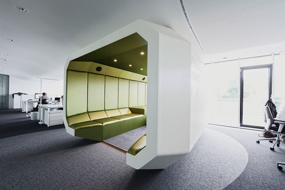 Innocean Headquarters Europe, Frankfurt. A project by Ippolito Fleitz Group – Identity Architects, Seating.