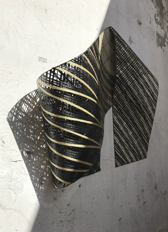 Carbon fiber installation for I MESH, Milan. A project by Ippolito Fleitz Group – Identity Architects.