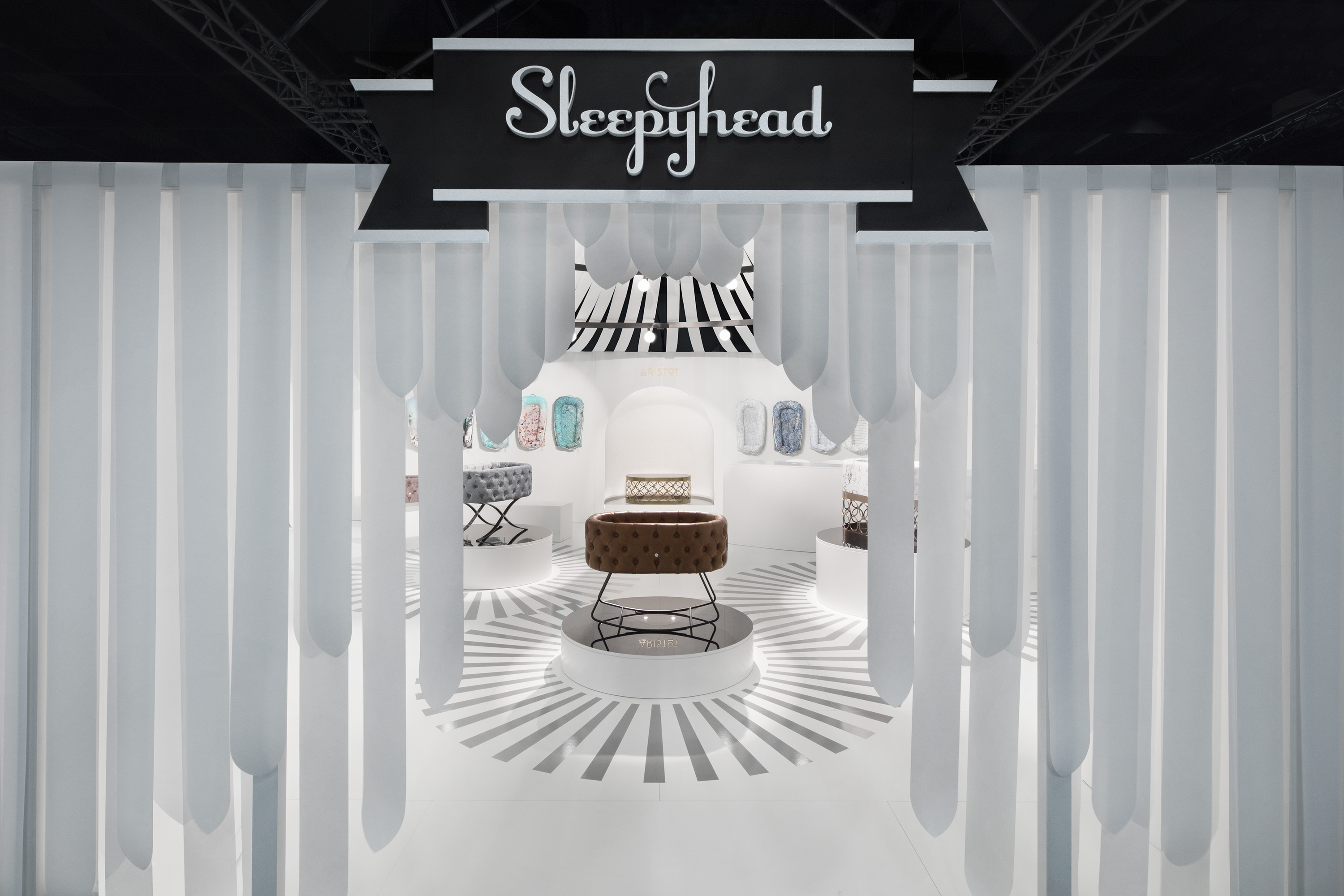 Sleepyhead – Kind+Jugend 2018, Cologne. Проект Ippolito Fleitz Group – Identity Architects.