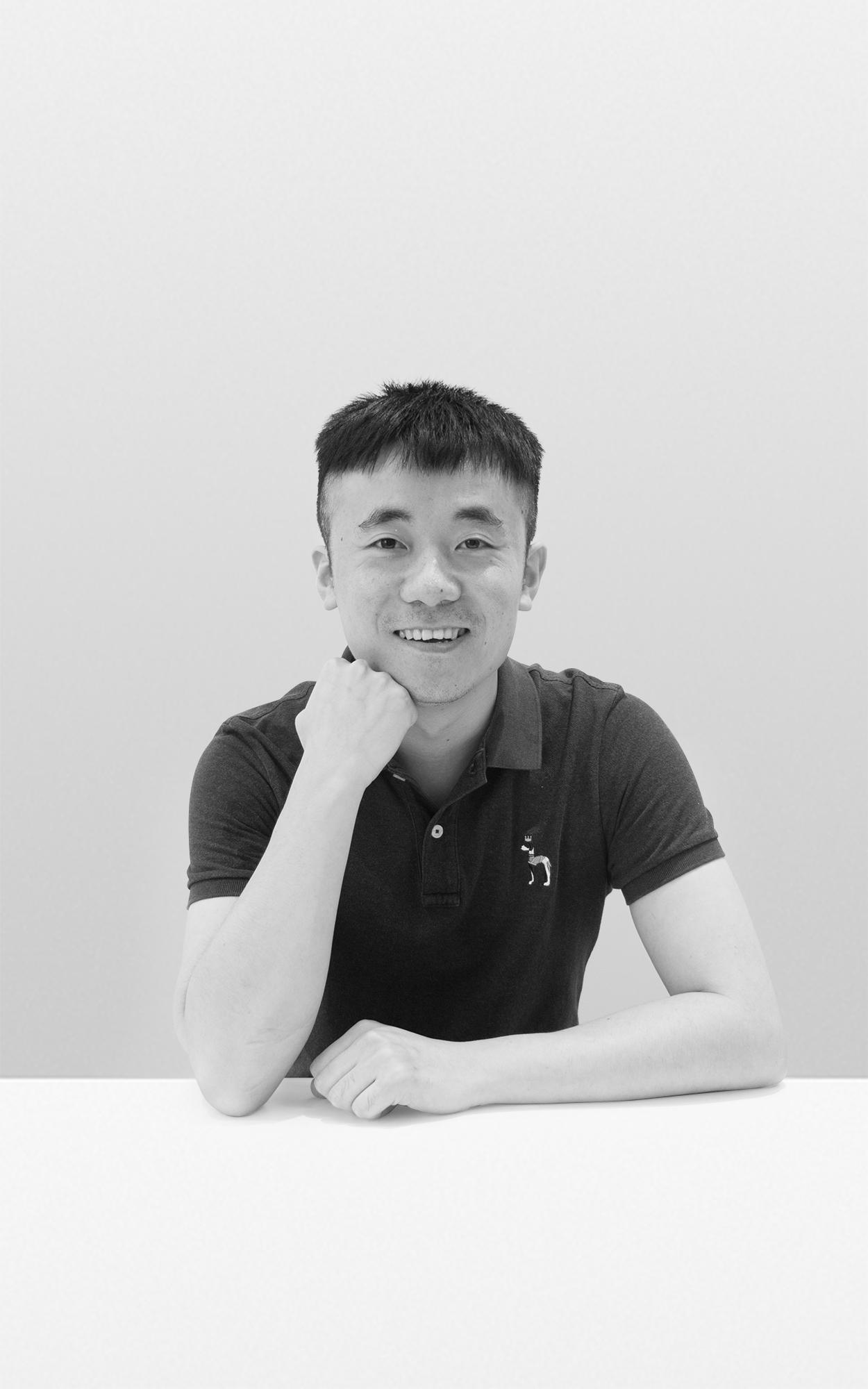 Tak-Jialang Zhou